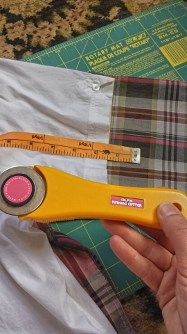 use a rotary cutter