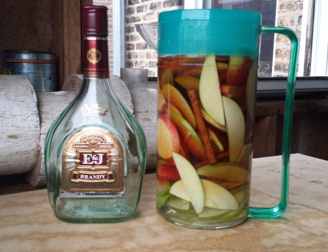 make your own apple brandy at home