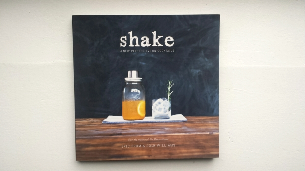 Shake cocktail book