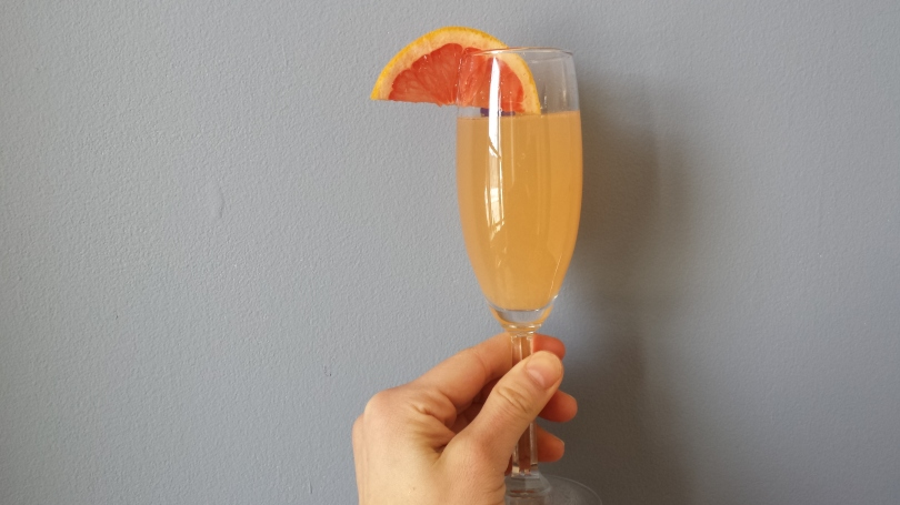 grapefruit mimosa cocktail