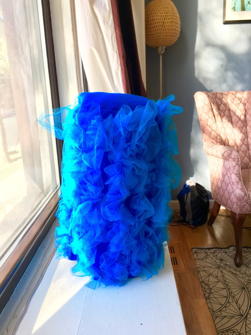 DIY Marge Simpson wig